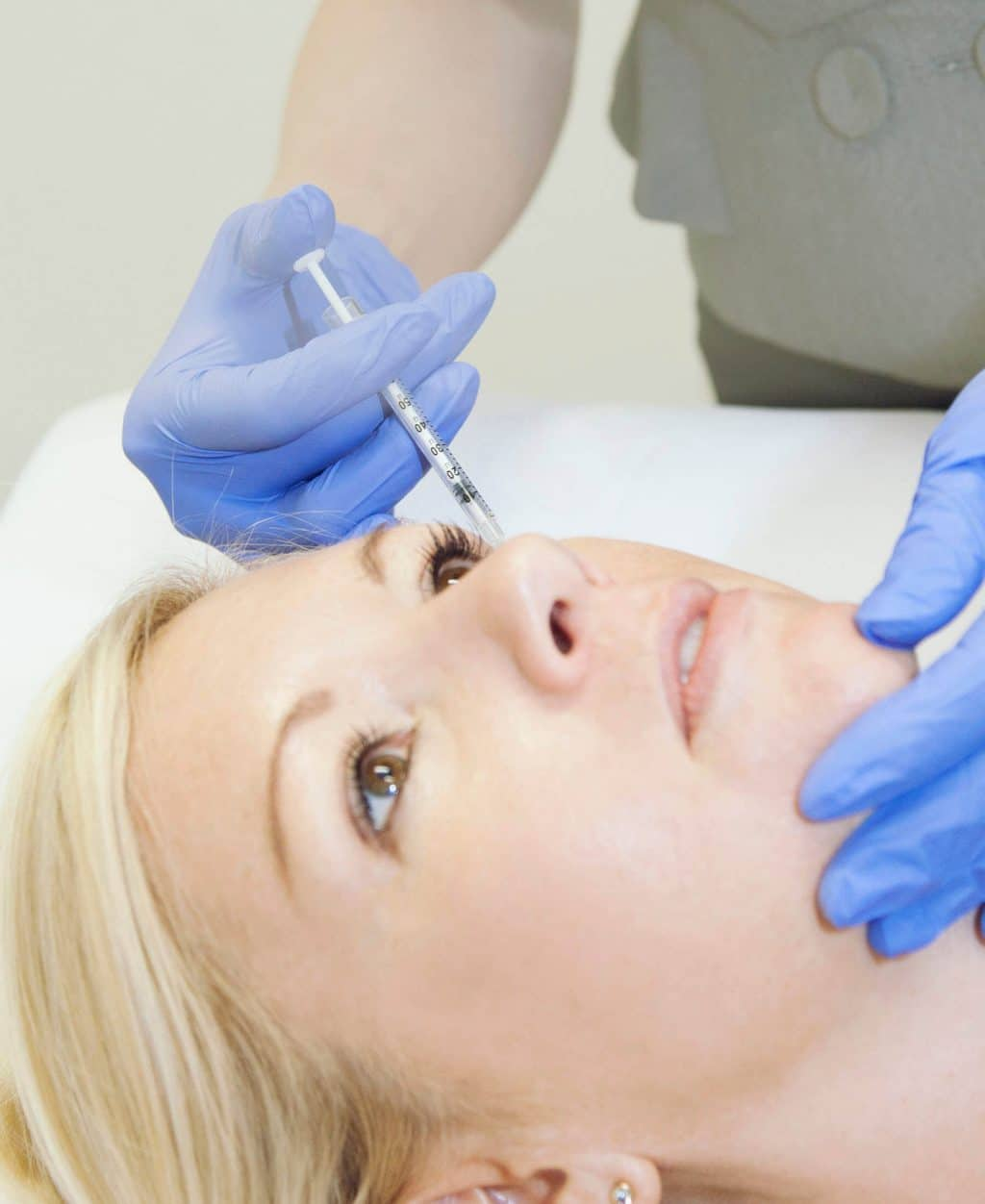 How do anti-wrinkle injections minimise the signs of aging?